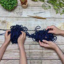 Untangle Yarn Together