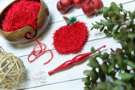 Apple-Scrubby-Free-Crochet-Pattern-by-Crystalized-Designs