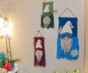 Gnome Wall Hanging Crochet Pattern