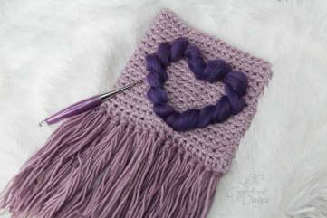 Heart Wall Hanging Crochet Pattern by Crystalized Designs