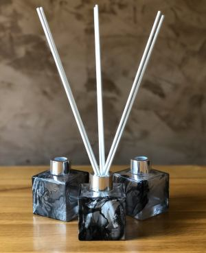 luxurious Eco friendly vegan reed diffuser