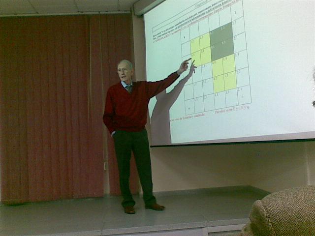 Luis Laita durante su charla