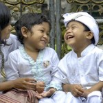 kids in bali - Wayang Listrik Educational Outreach