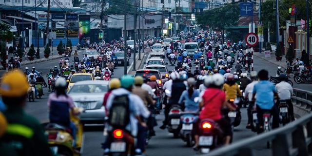 vietnam traffic - Talk: Viet Nam's Economic Reform, 1986-2016