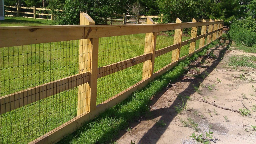 Image Result For Wood And Wire Fence Panels