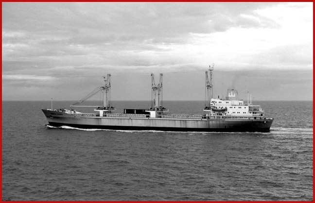 The Dainish ship Heinrich Jessen, photographed 1974 in the South China Sea - courtesy of Global-Mariner