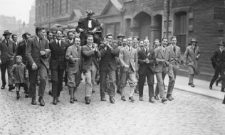 Eric Liddell's victory march after 1924 Olympics - The Guardian