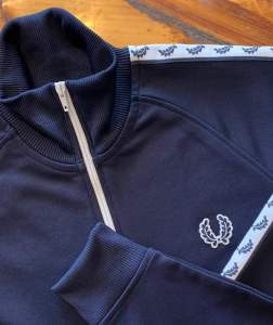 Fred Perry J6231 Taped Track Jacket in Carbon Blue