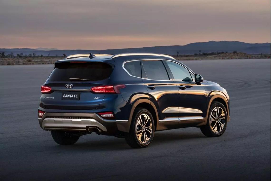 2019 hyundai santa fe, accent earn crash-test kudos | news | cars