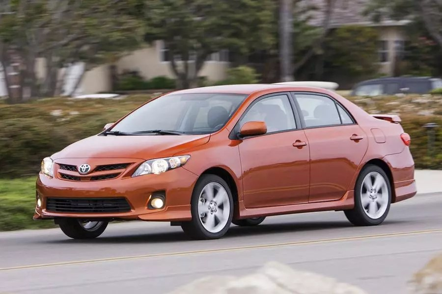 2012 Toyota Corolla Specs Pictures Trims Colors Cars Com