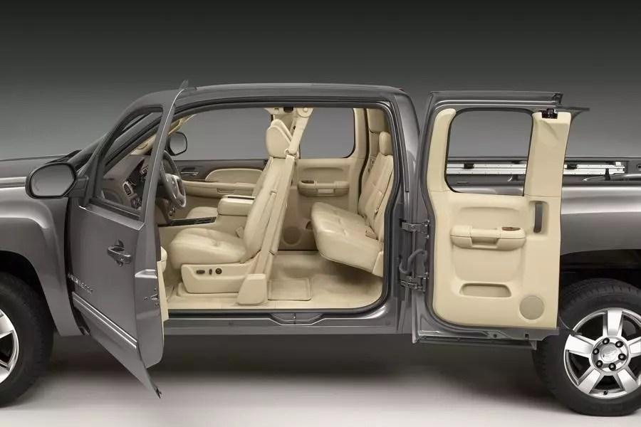 Interior 2008 Chevy Silverado Cab Crew