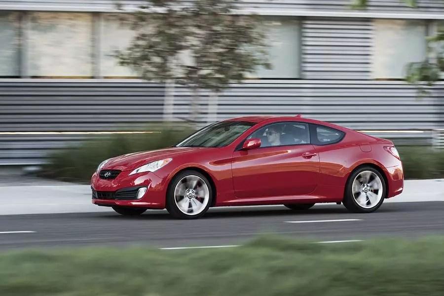 2011 Hyundai Genesis Coupe Overview Cars Com