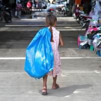 Tutti in piazza contro il lavoro minorile