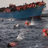 IL VIAGGIO DEI MIGRANTI: Kakuma e Lampedusa. Due tappe di un miraggio