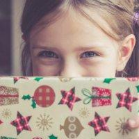 Dona un giocattolo che regala un sorriso