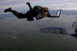 skydive_over_SF_10