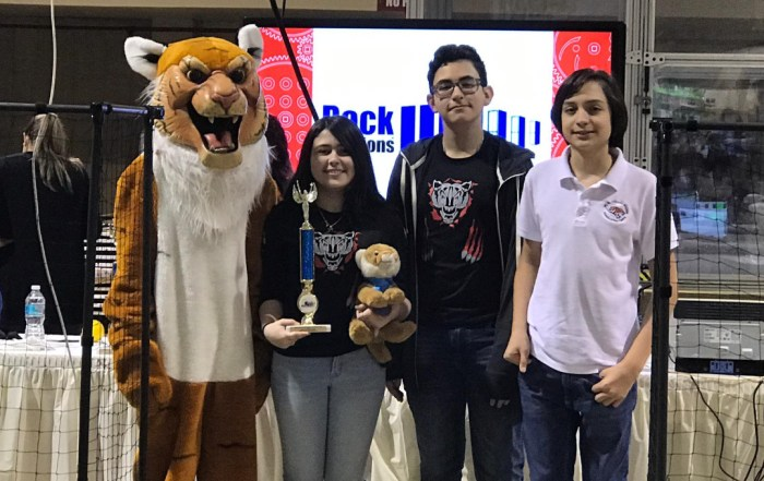 Coral Reef Sr. RamTech and W.R. Thomas Middle Tigers Alliance placed 1st in Tournament