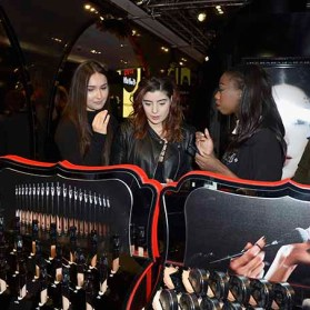 PARIS, FRANCE - JANUARY 23: (L-R) Beauty influencers Thedollbeauty and Elsamakeupattend the Kat Von D Beauty opening weekend with influencers at Sephora Champs-Elysees on January 23, 2017 in Paris, France. (Photo by Dominique Charriau/Getty Images for Sephora) *** Local Caption *** Elsamakeup; Thedollbeauty