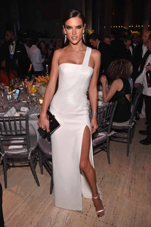 NEW YORK, NY - FEBRUARY 08: Model Alessandra Ambrosio attends as Moet & Chandon Toasts to the amfAR New York Gala At Cipriani Wall Street at Cipriani Wall Street on February 8, 2017 in New York City. (Photo by Bryan Bedder/Getty Images for Moet & Chandon) *** Local Caption *** Alessandra Ambrosio