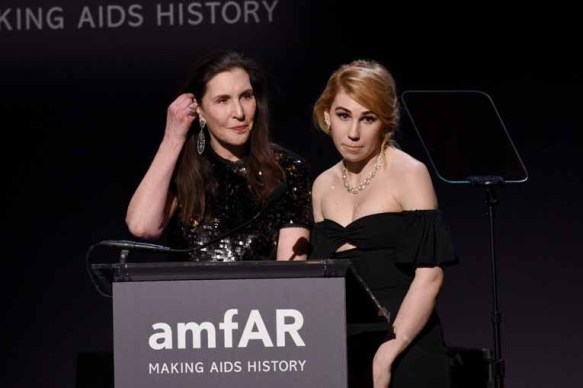 NEW YORK, NY - FEBRUARY 08: Laurie Simmons and Zosia Mamet speak onstage as Moet & Chandon Toasts to the amfAR New York Gala At Cipriani Wall Street at Cipriani Wall Street on February 8, 2017 in New York City. (Photo by Bryan Bedder/Getty Images for Moet & Chandon) *** Local Caption *** Laurie Simmons, Zosia Mamet
