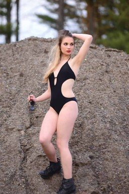 Ashley Scott wears a monokini from Lands' End (Mike Chaiken photo)