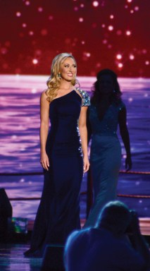 Miss Connecticut Eliza Kanner with her evening gown choice.