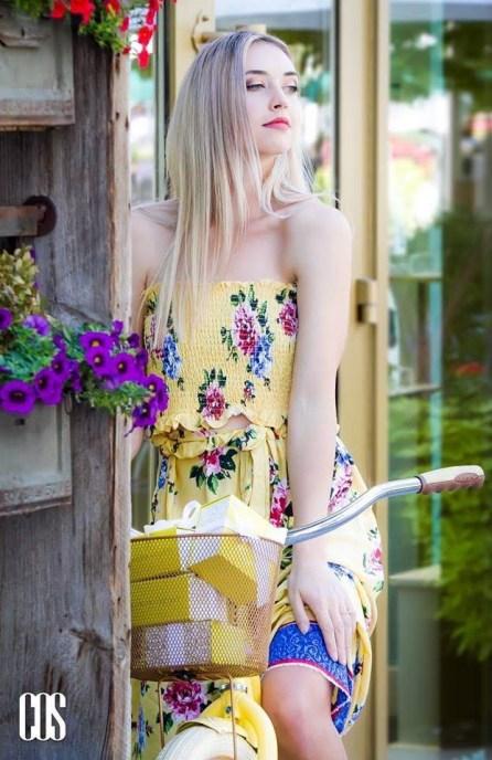 Photography: Cos Lindstrom Model:Tori Glenn