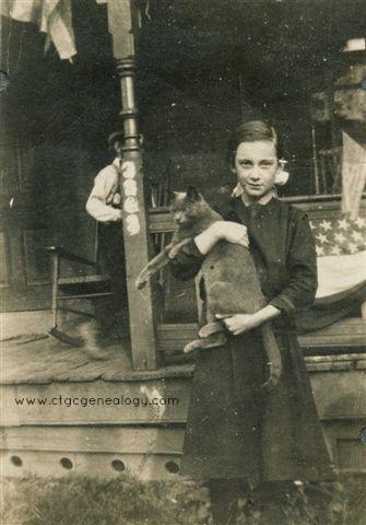 Naomi Carman & cat