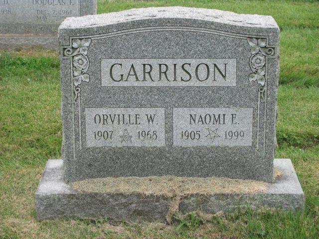 Orville and Naomi Garrison gravestone
