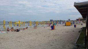 Cum arată plaja după o săptămână de ploi