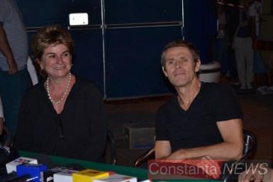 Producătoarea filmului și actorul Willem Dafoe. FOTO Adrian Boioglu