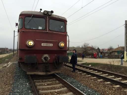 Locomotiva care a lovit pietonul. FOTO Adrian Boioglu