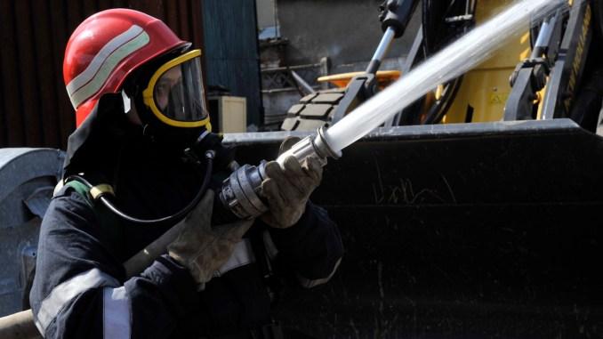 Pompier în acțiune. FOTO ISU Dobrogea