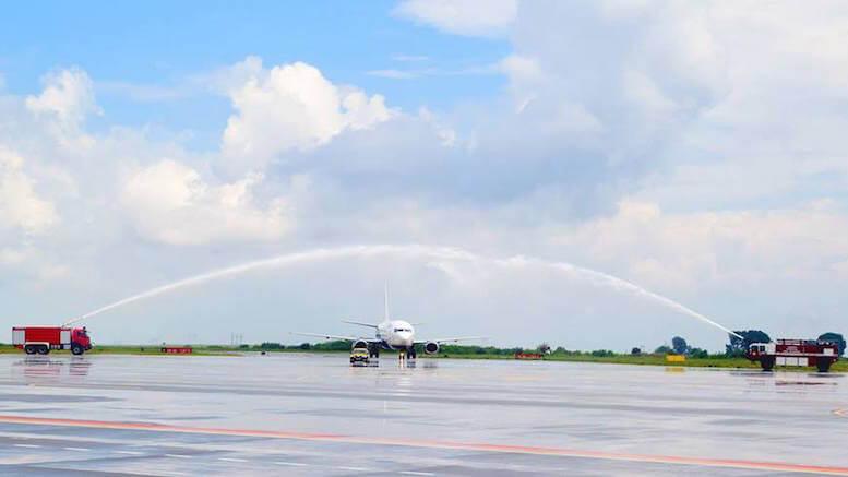 Avion pe pista Aeroportului Mihail Kogălniceanu