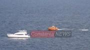Yachtul a fost ajutat de o ambarcaține SAR. FOTO F.F.
