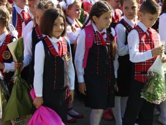 Elevii școlii din Peștera. FOTO Adrian Boioglu