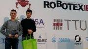 Elevii câștigători la concursl de robotică