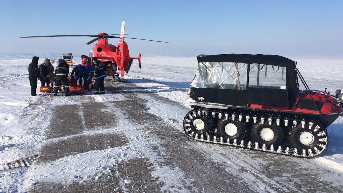 Șenilată și elicopterul SMURD