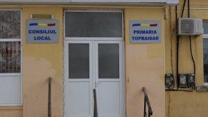 Primăria Topraisar. FOTO Adrian Boioglu