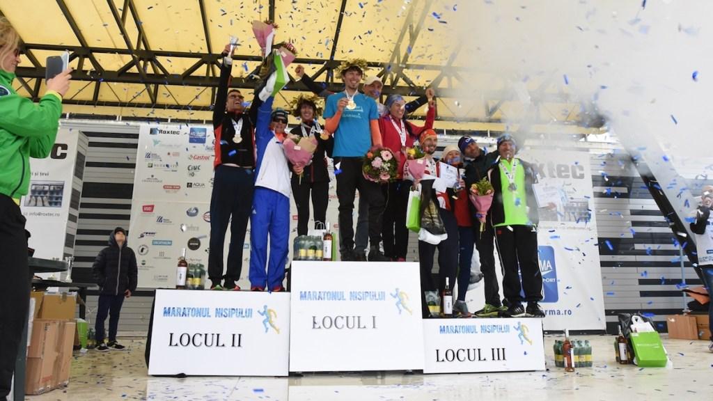 Staţiunea Mamaia, din nou pe harta mondială a maratoanelor. Marii câştigători ai Maratonului Nisipului sunt Liviu Croitoru şi Nicoleta Ciortan
