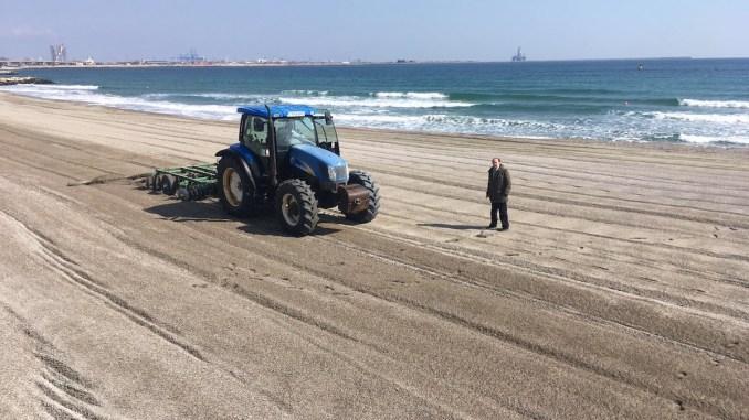 Lucrări pe plaja din Eforie Nord