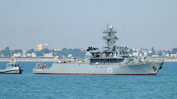 Exercitiu militar scafandrii ambarcatiuni nava. FOTO Fortele Navale Romane