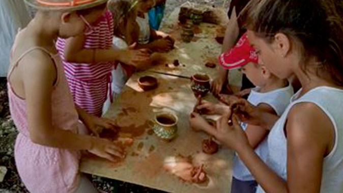 Atelier de ceramica in cadrul zilelor Orasului Ovidiu. FOTO Primaria Ovidiu