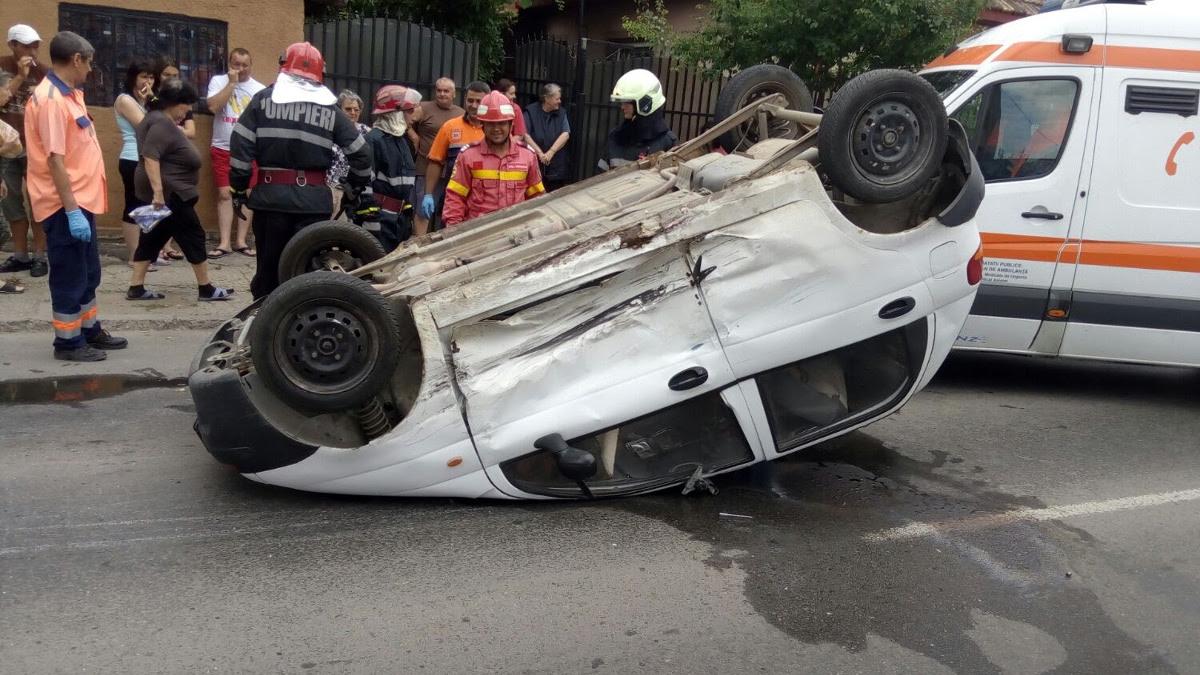 Accident rutier pe strada Baba Novac (1)