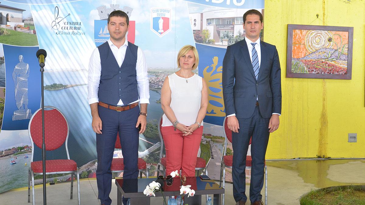 George scupra – Primar Ovidiu, Annamaria Casini – primar Sulmona, Marius Horia Țuțuianu – președinte CJC. Zilele oraşului Ovidiu (2)