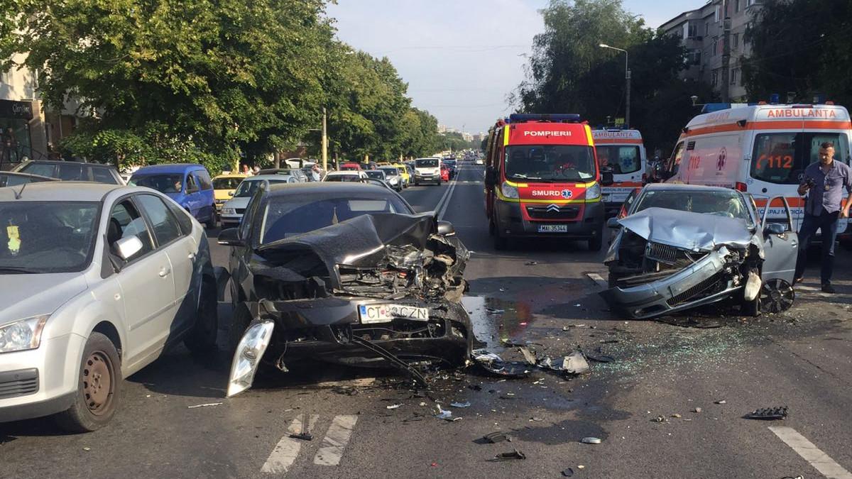 Accident rutier Constanta Lapusneanu cu Farului (5)