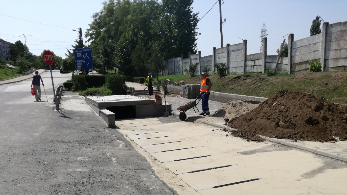 Lucrări canal colector in Cernavoda