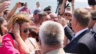 Klaus Iohanis face baie de multime la Ziua Marinei 2017. FOTO Cătălin Schipor