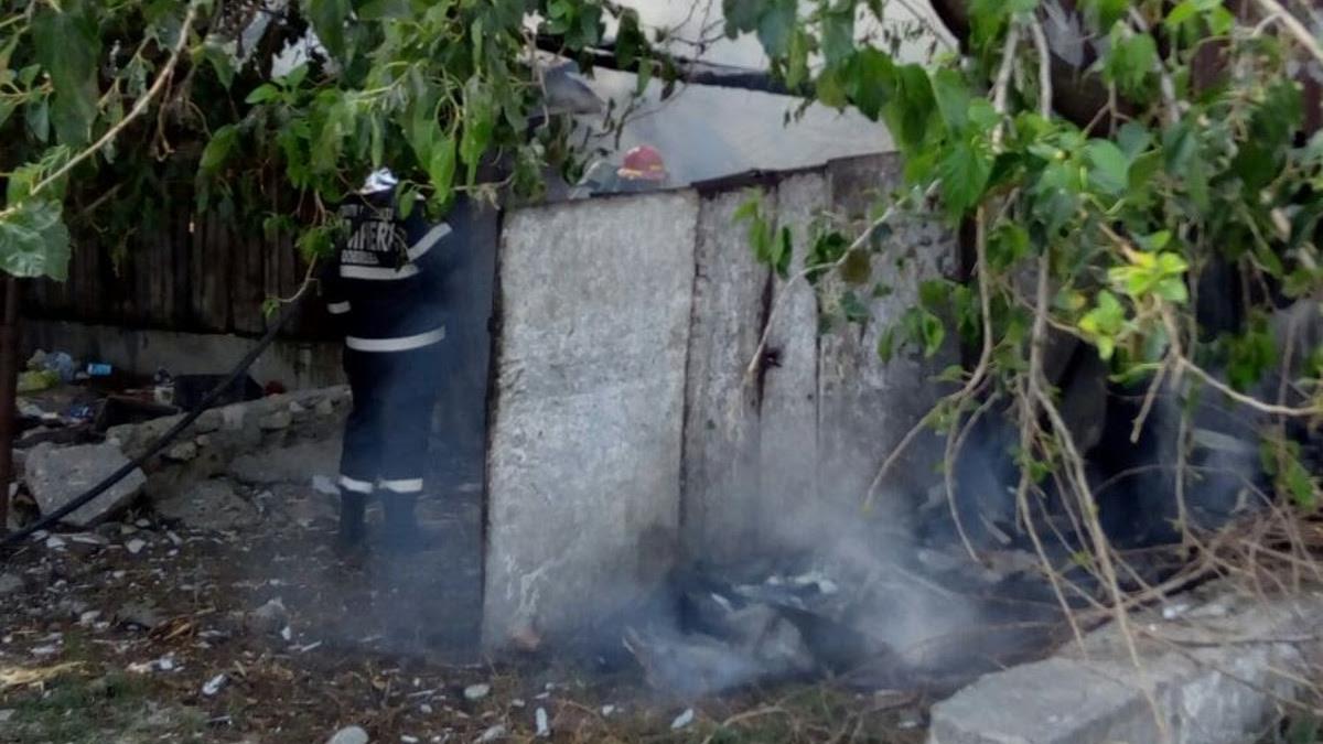 Incendiu casa Murfatlar ISU Dbrogea (7)