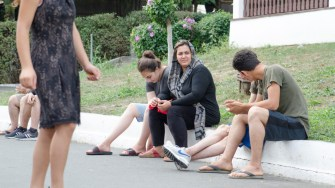 Zeci de migranti au fost cazati in Satul de vacanta. FOTO Catalin Schipor